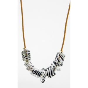 Eleanor Glass Necklace Black and White